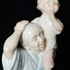 Счастливый малыш фарфор Норитаке