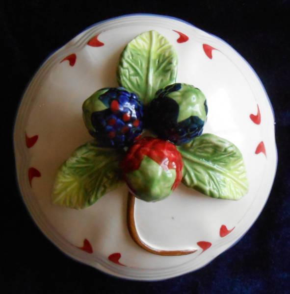Крышка от ягодного сосуда